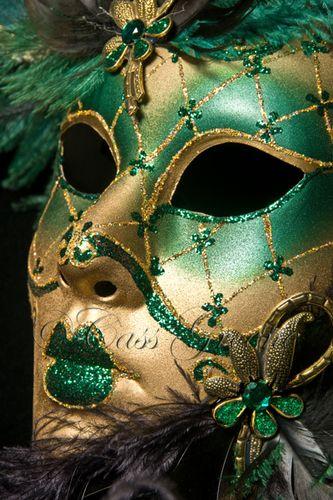 Masquerade 2009-02-26 04-03-36 PM _CAS8560