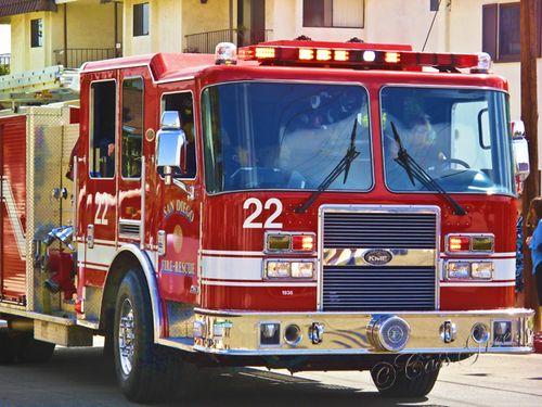 Firetruck2010-05-23 10.22.12 AM IMG_0122