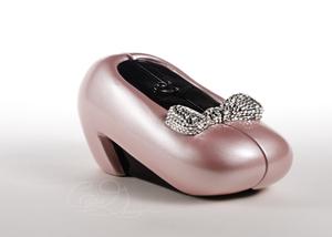 Pink_shoe_20080927_025154_pm_dsc_j